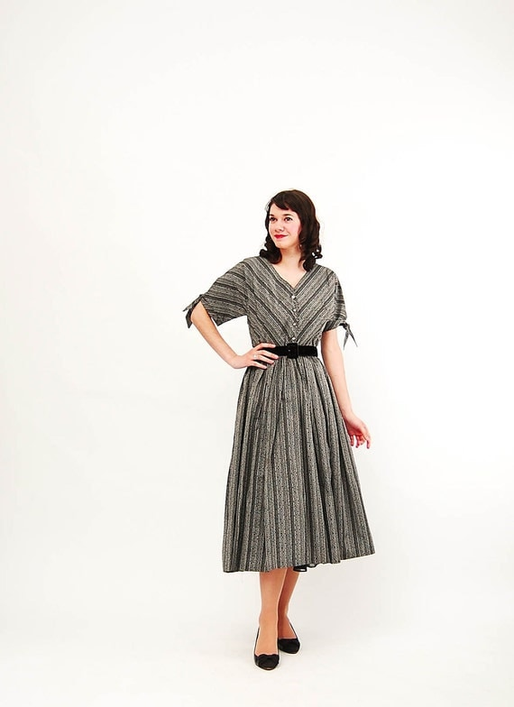 Clearance - Vintage 1950s Party Dress - 50s Party Dress - Black and Gray Flocked