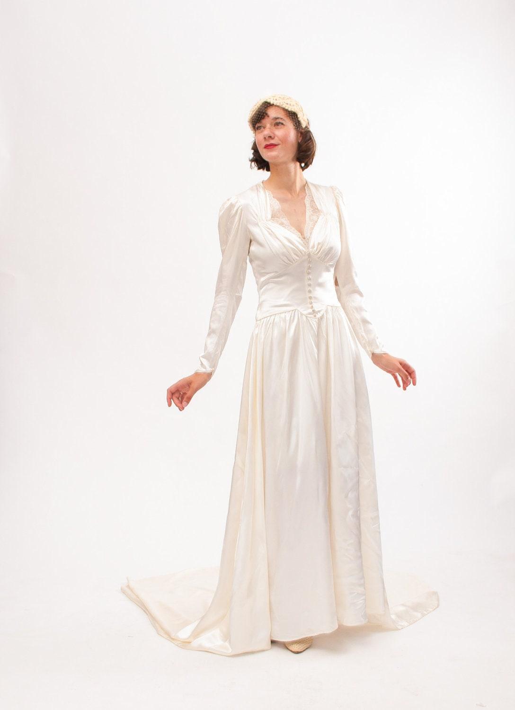 1940s Dress Silky Stars Vintage 40s Dress: Vintage 1940s Wedding Dress 40s Wedding Gown Ivory Satin