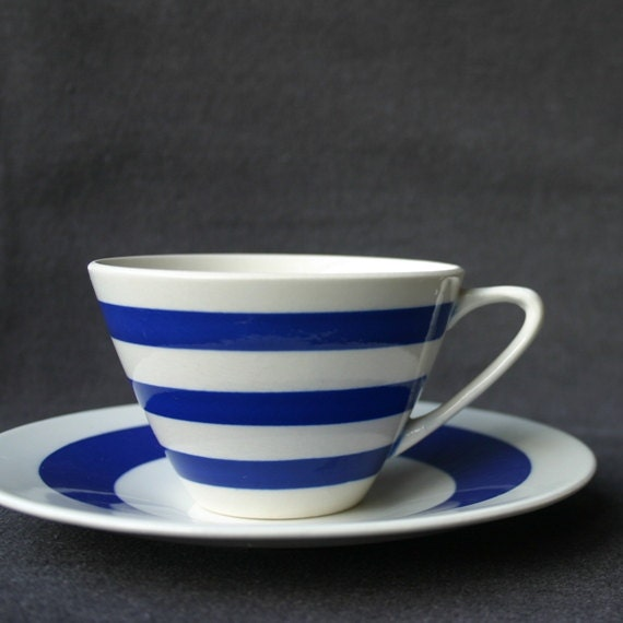 The beautiful blue lined vintage cup RESERVED