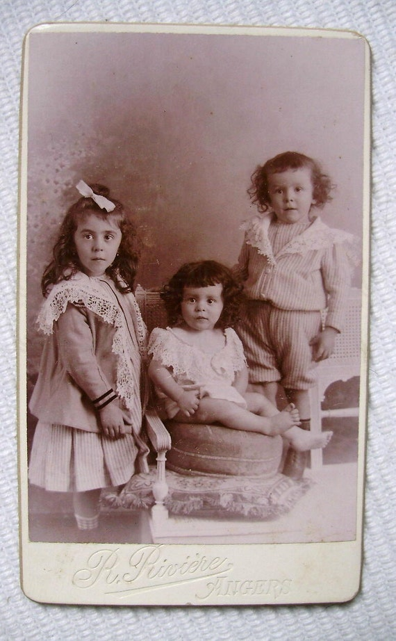RESERVED LISTING - Antique French Photo Carte de Visite - Three Little Siblings (R. Rivière, Angers)