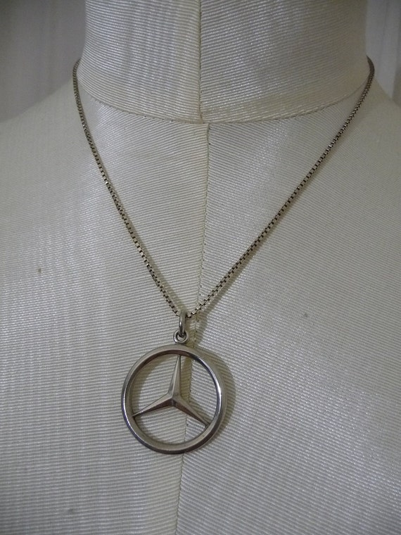 Vintage sterling silver mercedes benz by revitalizedvintage for Mercedes benz pendant