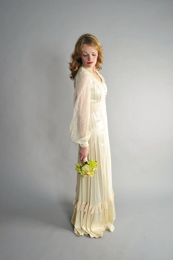 1970s silk gunne sax wedding dress // 70s silk wedding gown // Forest Wedding
