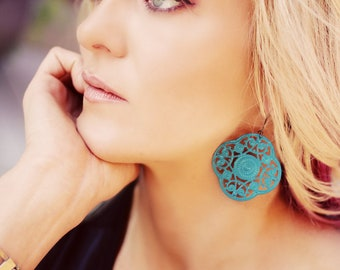The FIDELIA - GORGEOUS Turquoise Blue Quatrefoil Shaped Dangle Large Earrings - Bridesmaid Gift, Stocking Stuffer or Family Pictures