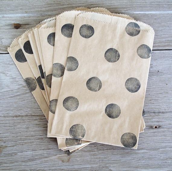 Polka Dot Kraft Paper Bags, Party Favor Bags, 1 Dozen