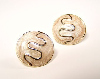 VINTAGE Shimmery Cream and Gold Post Earrings