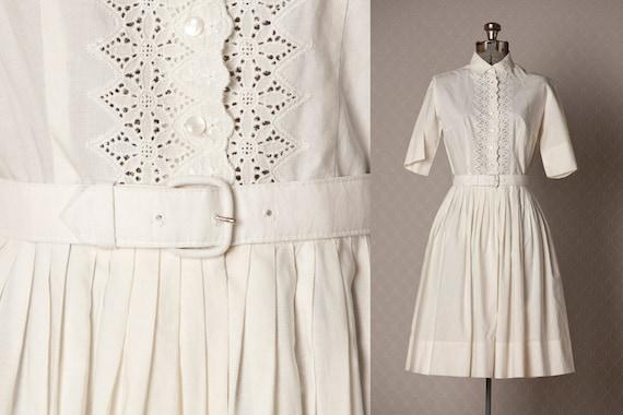Vintage 50s Dress  / 1950s Dress  /  Wedding Dress  /  White Eyelet Party Dress