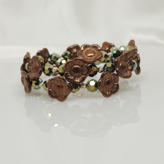 Green Crystal Bracelet with Bronze Flowers