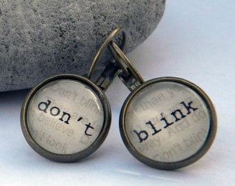 Doctor Who Earrings  - DON T BLINK  - Word Earrings  Weeping Angels - Doctor Who Jewelry
