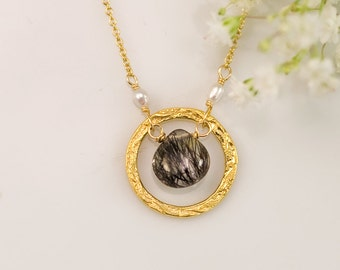 Black Tourmalated Quartz - Tourmaline Quartz necklace - Rutilated Quartz Necklace - Gold Necklace - Hammered Circle Necklace