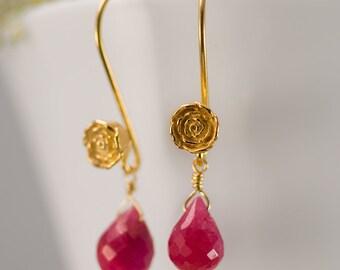 July Birthstone Earrings - Ruby Earrings - Gold Earrings - Flower Earrings