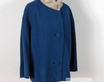 1950s Coat Short Coat Blue Short Coat with Grey Fur Collar Jacket  Bouclé Coat Winter Jacket Size Large Vintage 50s