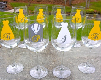 Set of 5 Bridesmaids gift wine glasses, Personalized fall wedding Bride and Bridesmaid wine glasses, Yellow and gray. Bride and Groom.