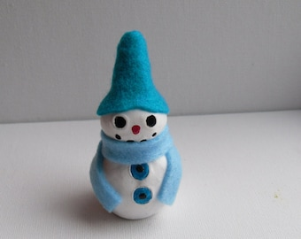 Clay Sculpture - Mr. Gilbert The Freezing Snowman - Christmas New Year Decoration - OOAK