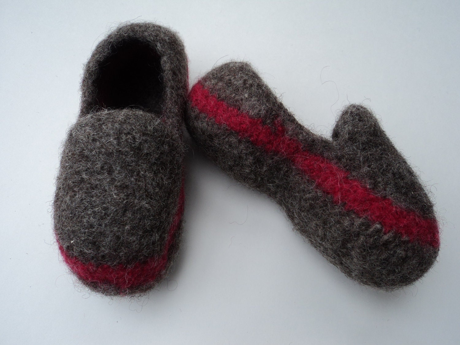 Knitting Pattern For Wool Slippers : PDF Kids Slipper Loafer Style Felted Wool Knitting Pattern