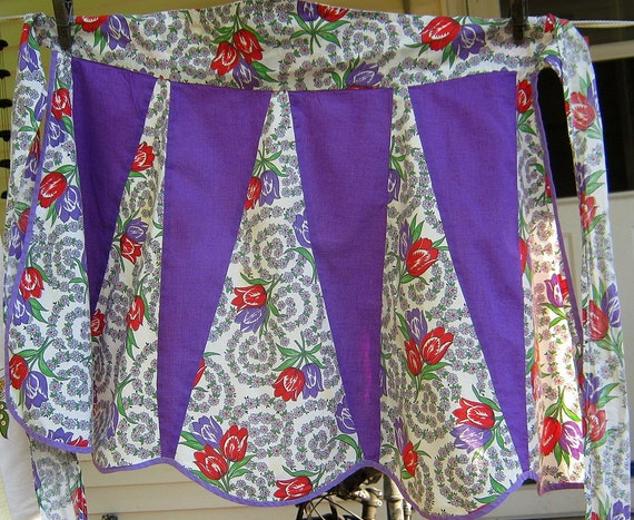 Vintage Tulip Apron Purple Red Spring Flowers Retro Kitchen