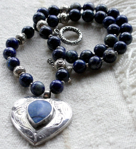Afghan Lapis Lazuli Heart Shaped Silver Pendant. MEXICAN Silver Beaded Necklace.