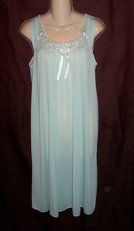 Vintage Vanity Fair Nightgown 92