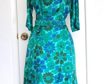 Beautiful R&K Originals Silk Sheath Dress