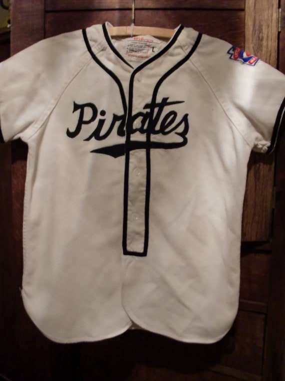 vintage pirates baseball uniform
