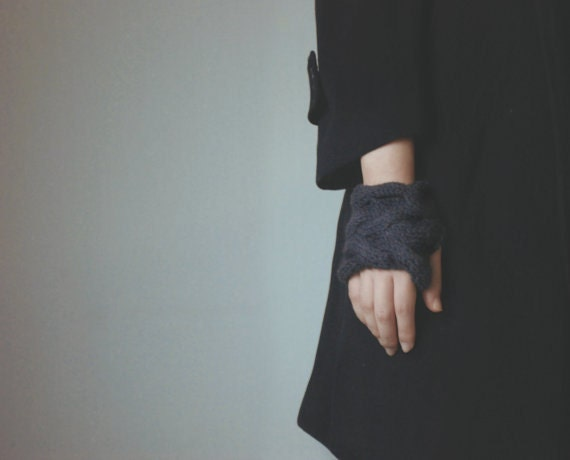Rumpled Hearts, Fingerless Gloves - Dark Charcoal