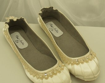 Brides Ivory Wedding Flats Fancy Shoes, Wedding In Ivory, Ivory Satin, Pearls, Lace, Closed Toe , Super Comfortable, Victorian Flats