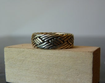 SALE Vintage Silver Chunky Braided Band Ring