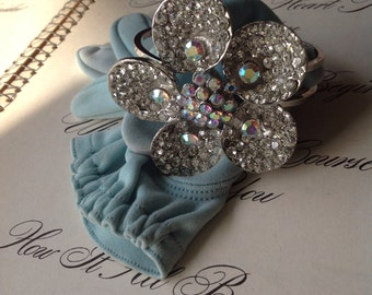 Vintage Silver Tone Bling Flower Rhinestone AB Flower Cuff Bracelet