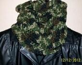Mens Camo scarf, fishermans hood, Crochet neckwarmer. Men Boys outwear. Unisex Cowl. Mens winter scarves, mens activewear, mens camouflage