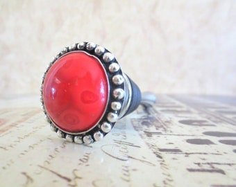 Wine Bottle Stopper - Red with Silver Beaded Wine Stopper
