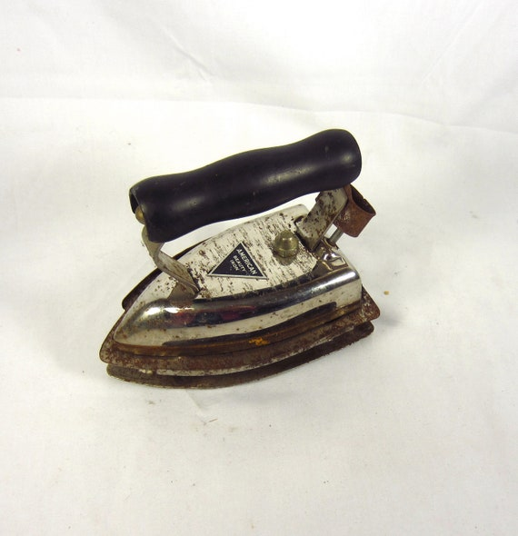 American Beauty Clothes Iron - Prop -  Door Stop - Bookend -  Laundry Room Decor