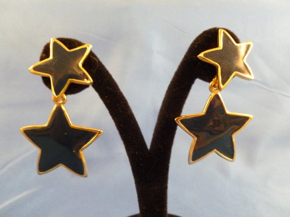 Blue Double Star Dangled Pierced Earrings. (P93)