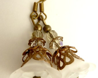 Flower earrings white flower earrings lucite dangle frosted copper brass