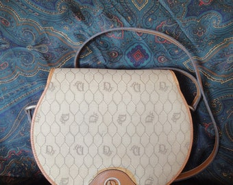 Vintage Christian Dior beige round shoulder purse. Honeycomb collection.