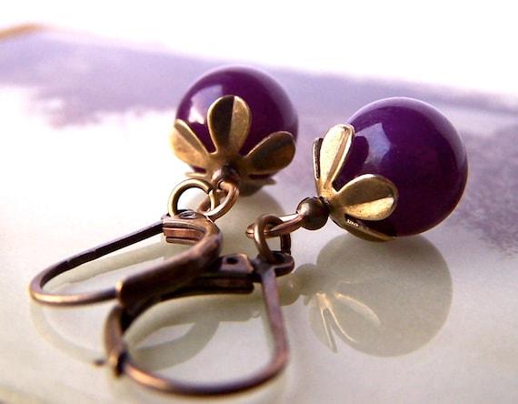 Purple Bead Earrings, Vintage Style, Small Brass Lever Back Earrings, Daisy Bead Caps, Dark Purple Beads, Elegant