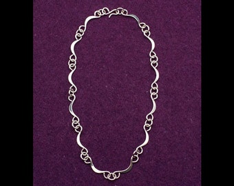 18 inch hand wrought sterling silver necklace, #324.