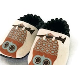 Hoo's My Baby, Canvas Reversible Baby Shoes, custom order in sizes 0 through 18 months