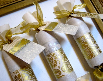 White and Gold Party Cracker