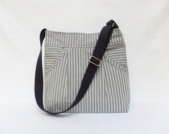 Cream Blue Massenger Bag