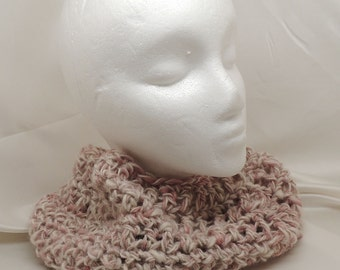 Soft Pink and White Cowl