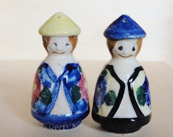 Vintage Collectible Salt and Pepper Shakers, Retro Kitchen Decor