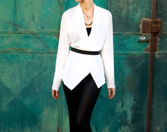 V neck top, White fit Jacket, white blazer, open cardigan, long sleeves top, geometric top, loose fit, elegant jacket, modern, minimal