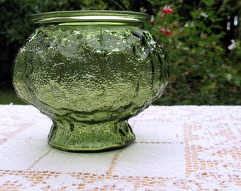 Vintage Crinkle Footed Planter Emerald Green Glass E.O. Brody Textured Vase 4.5 in Tall Wedding - Outdoor Staging Decor - Excellent Cond