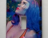 Katy Perry Considers: Decorative Light Switch Cover - Single Toggle