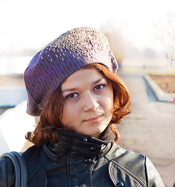 OOAK purple beret with gold embroidery, warm woman hat, textile lilac cap