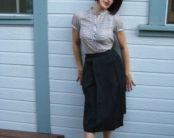 Vintage Black Pleated Skirt - Circa 1940's - Size 1 - Size 3