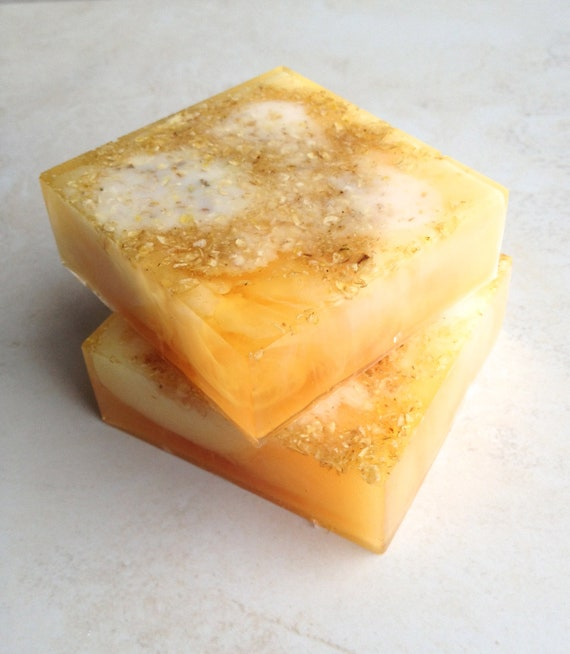 Milk & Honey Oatmeal Scented Soap Bar with Real Crushed