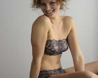 Lingerie Dessous Set Frau in Grau BH Slip Panty Undies Bra