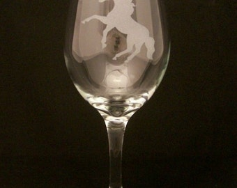 Rearing Horse Etched Wine Glasses, Birthday gifts, Wedding gifts, Mothers day gifts