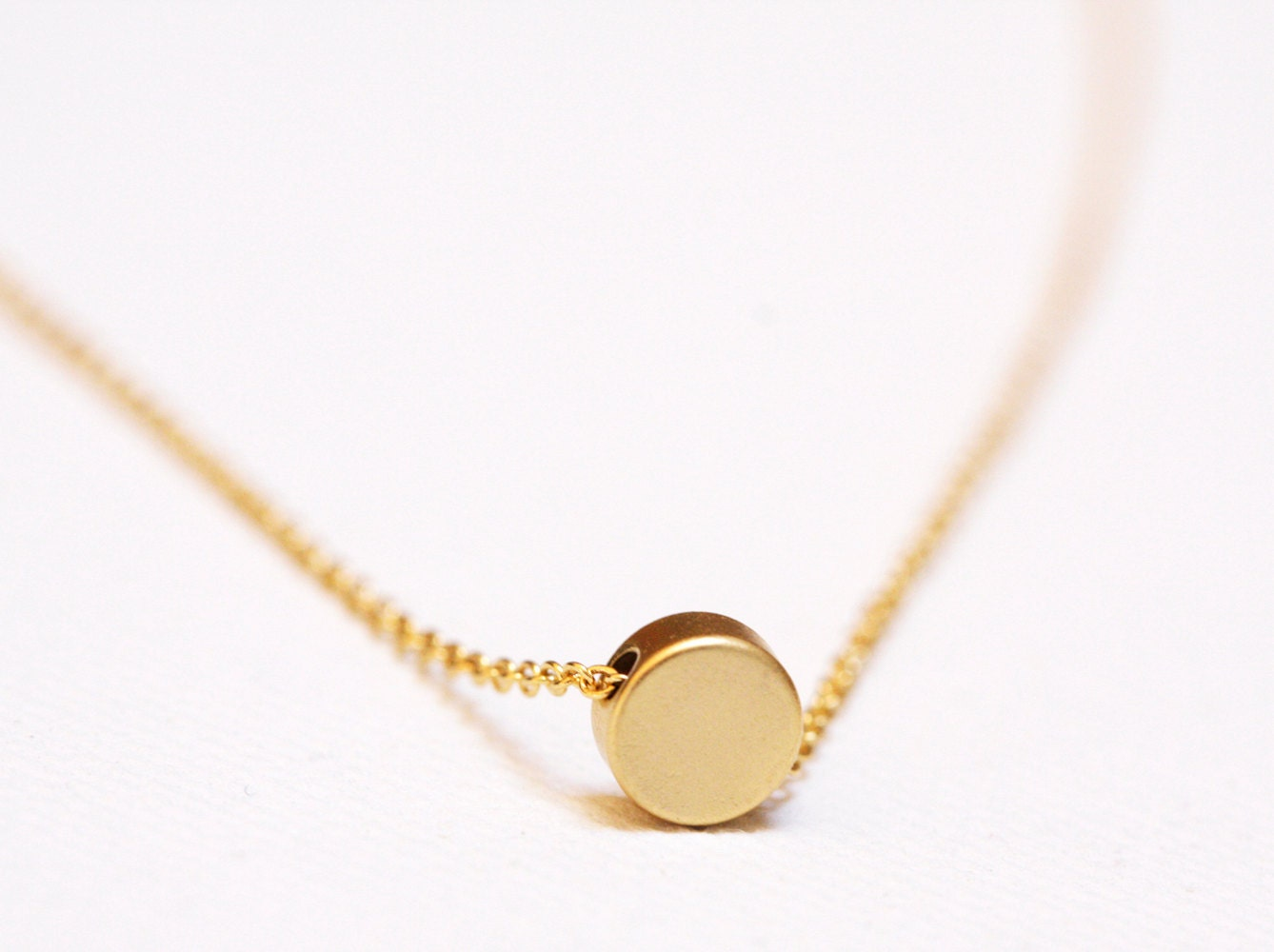 gold disc necklace tiny disc necklace dainty jewelry. Black Bedroom Furniture Sets. Home Design Ideas