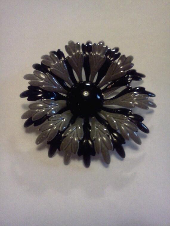 Vintage Black & Grey Enamel Flower Brooch